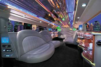 H2 Stretch Limousine Interior