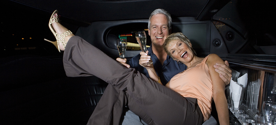 Minneapolis Limo Dinner Package - Couple Celebrating Dinner Outing in Private Limo - Minneapolis St Paul Minnesota