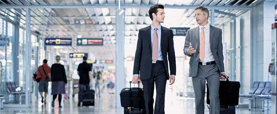 Minneapolis Airport - MSP Limo Service - MSP Airport Car Service - Frequent Flyer Business Travelers in Airport