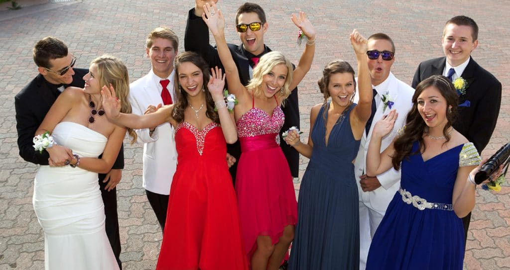 Prom Limousine Service Party-Bus-Limos Services Minneapolis / St Paul / MN - Students Celebrating Prom Photo