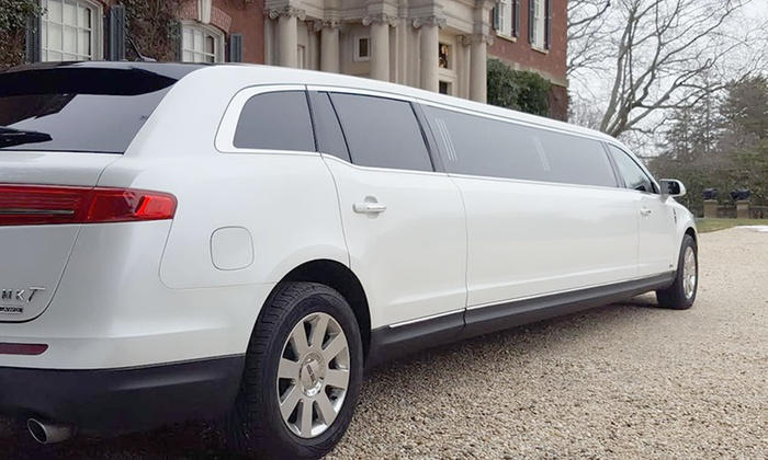 Lincoln MKT Stretch White Limo Rear View Outdoors