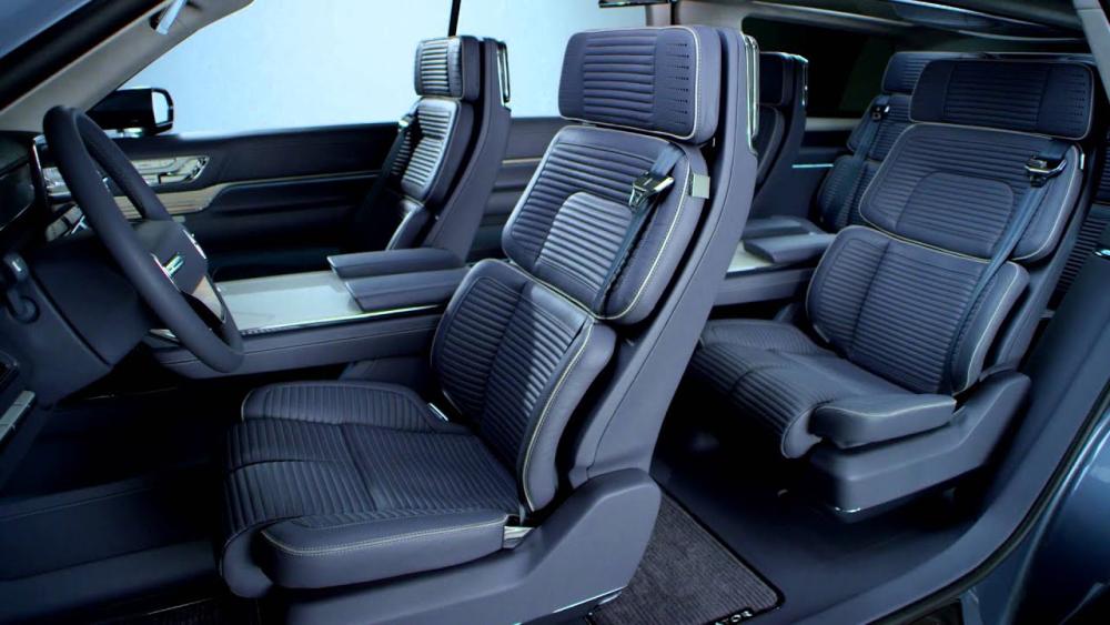 2019 Lincoln Navigator SUV Light Blue Open Doors Side-View Interior Photo Car Services Minneapolis MN / St Paul Minnesota