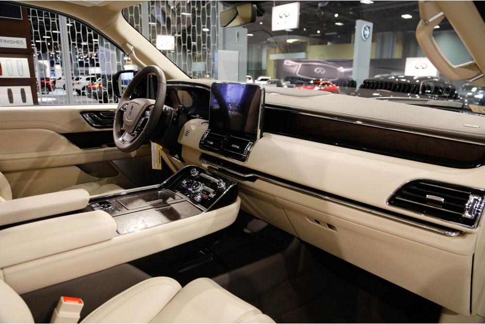 2019 Lincoln Navigator Gold Color SUVs Ivory Interior Car Services Minneapolis MN / St Paul Minnesota