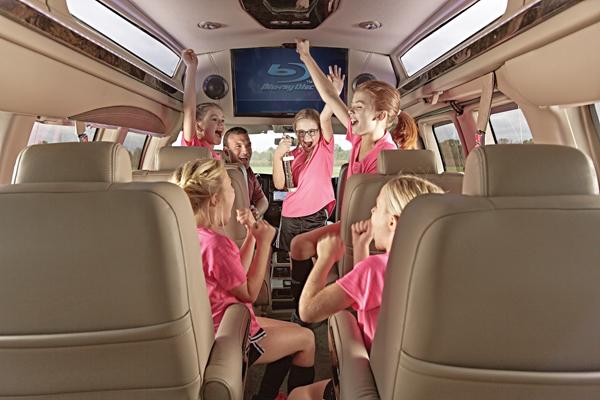 Group Passenger Van Services Minneapolis MN / St Paul Minnesota Young People Enjoying Ride