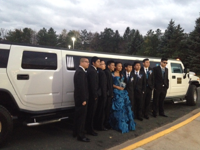 H2 Hummer Stretch Limo Services Minneapolis MN / St Paul Minnesota Wedding Group