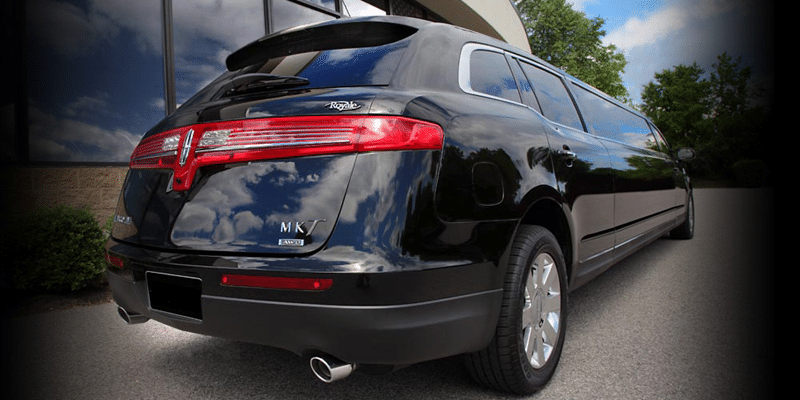 Minneapolis Black Lincoln MKT Limousine