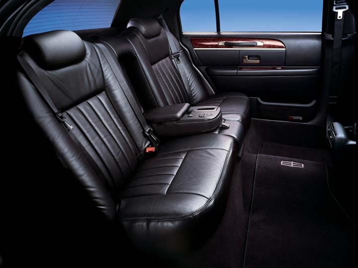 Lincoln Town Car Interior Aspen Limousine Service