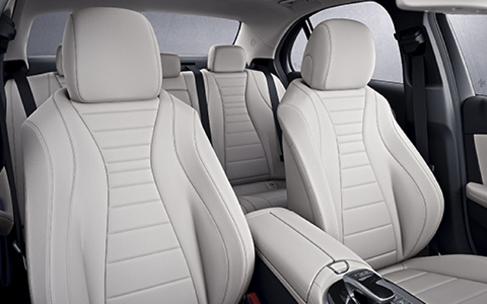 Mercedes Sedans Car Services Minneapolis MN / St Paul Minnesota White Interior Seating