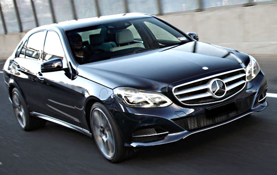 Mercedes Sedans Car Services Minneapolis MN / St Paul Minnesota Black on the Road