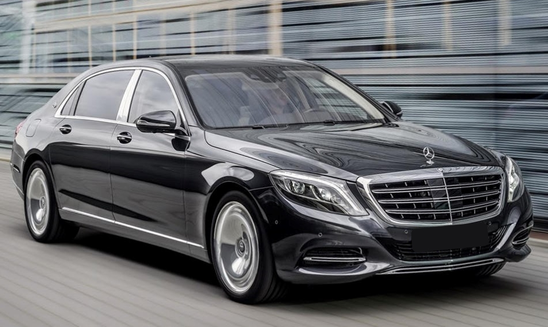 Mercedes Sedans Car Services Minneapolis MN / St Paul Minnesota Black Exterior - Aspen Limo and Car Services
