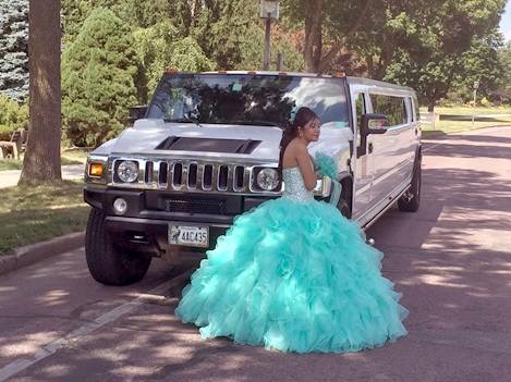 H2 Hummer Stretch Limo Services Minneapolis MN / St Paul Minnesota Quinceanera Woman
