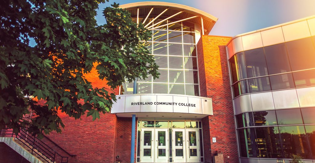 Austin MN Riverland Community College Main Building Front Image